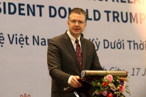 Đại Sứ Kritenbrink dự hội thảo tại Sài Gòn về quan hệ Việt-Mỹ dưới thời tổng thống Trump
