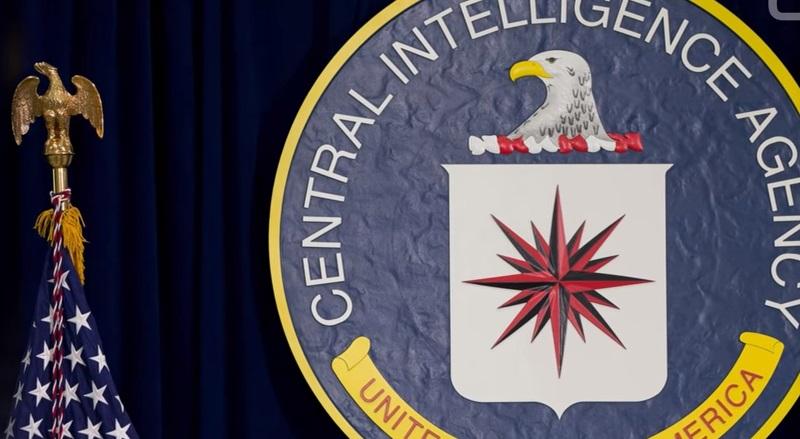 Cựu nhân viên CIA bị bắt ở phi trường New York vì sở hữu tài liệu bí mật