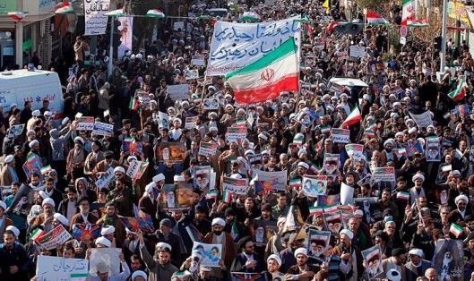 Iran đưa vệ binh cách mạng đến 3 tỉnh đàn áp người biểu tình
