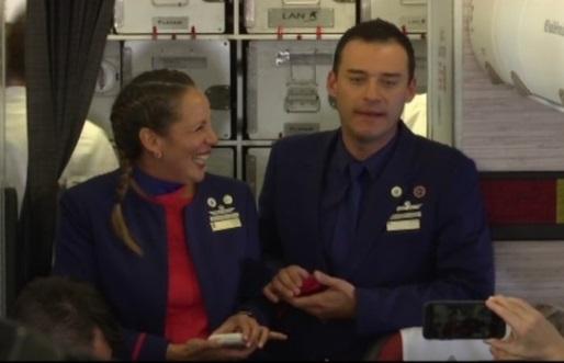 Đức Giáo Hoàng Francis cử hành hôn lễ cho hai tiếp viên hàng trên chuyến bay Chile