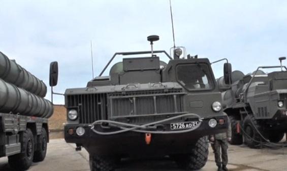 Nga chuyển hệ thống hỏa tiễn phòng không S-400 cho Trung Cộng
