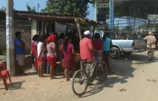Chạm súng bên ngoài khu nghỉ mát ở bãi biển Mexico: 11 người chết