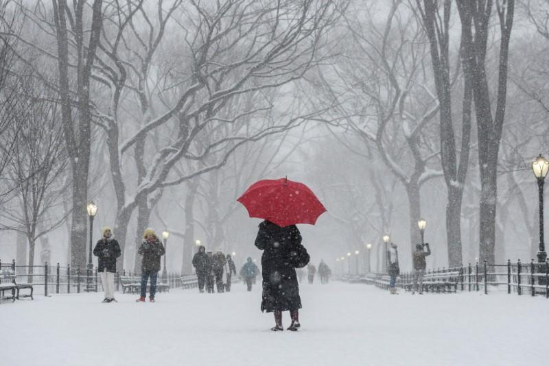 Bão tuyết tấn công dữ dội vùng Đông Bắc Hoa Kỳ, gần 20 người chết