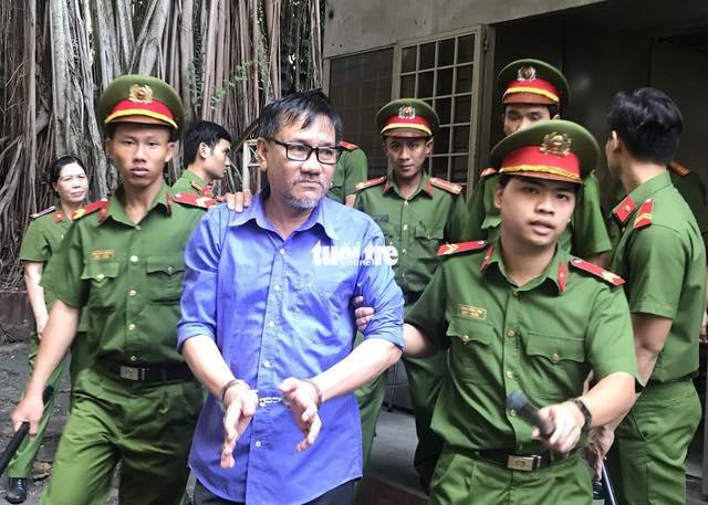 Bác sĩ Hồ Văn Hải bị CSVN kết án 4 năm tù về tội tuyên truyền chống nhà nước
