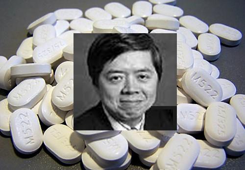 Phụ tá bác sĩ gốc Việt lãnh án tù hơn 3 năm vì kê toa thuốc không cần thiết