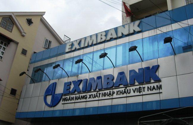 Người mất hơn 300 tỉ đồng tại Eximbank đứng trước nguy cơ không đòi được tiền