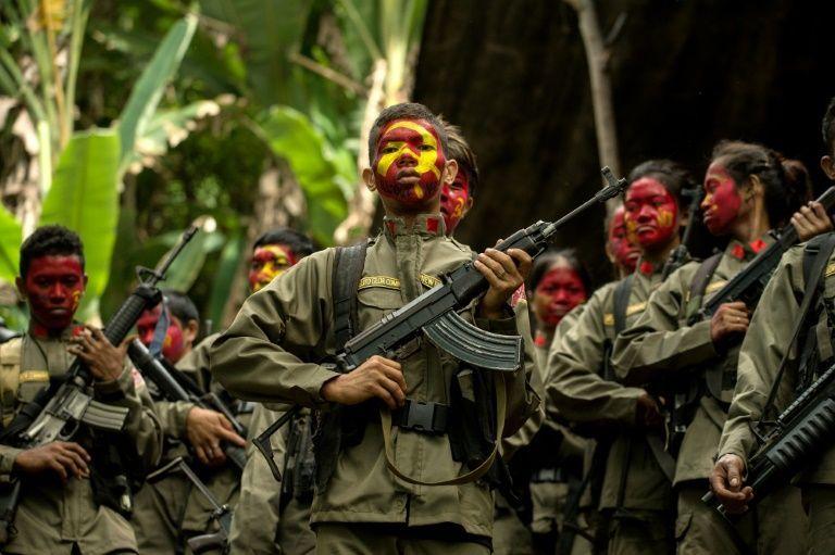 Lực lượng an ninh Philippines bắt lãnh tụ phiến quân cộng sản
