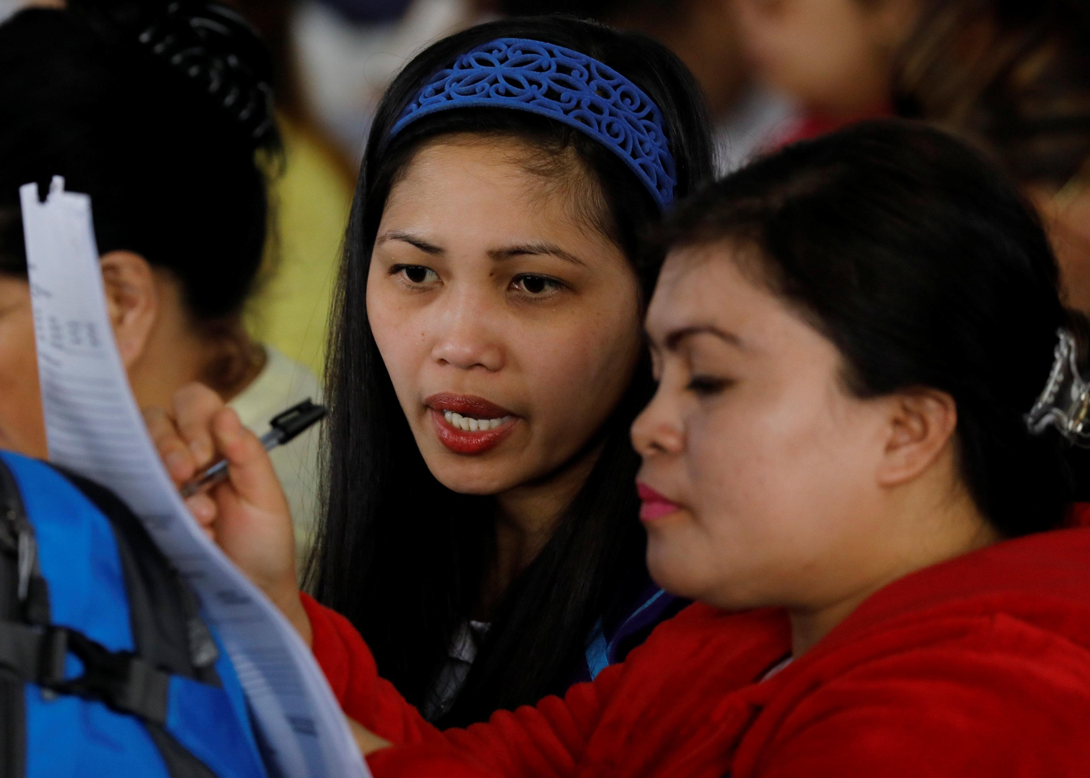Hơn 2,200 người lao động Philippines tại Kuwait muốn hồi hương vì bị ngược đãi