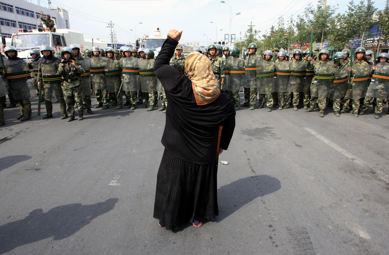 Trung Cộng mở rộng cuộc chiến với người Uygurs ở nước ngoài
