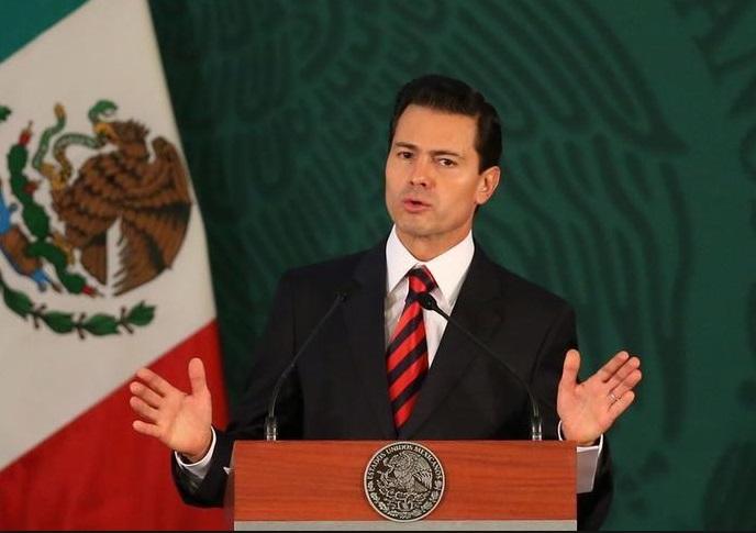 Bị ông Trump nhắc trả tiền xây tường biên giới, tổng thống Mexico hoãn công du Mỹ