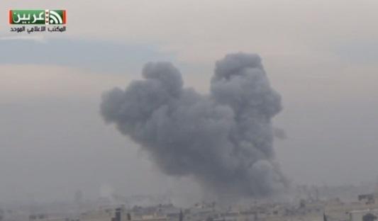 Trút bom và khí độc xuống khu vực quân nổi dậy Syria, nhiều thường dân tử thương