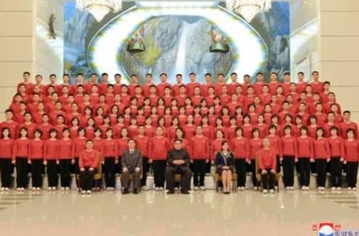 Lãnh tụ Bắc Hàn ca ngợi việc tăng cường đối thoại với miền Nam