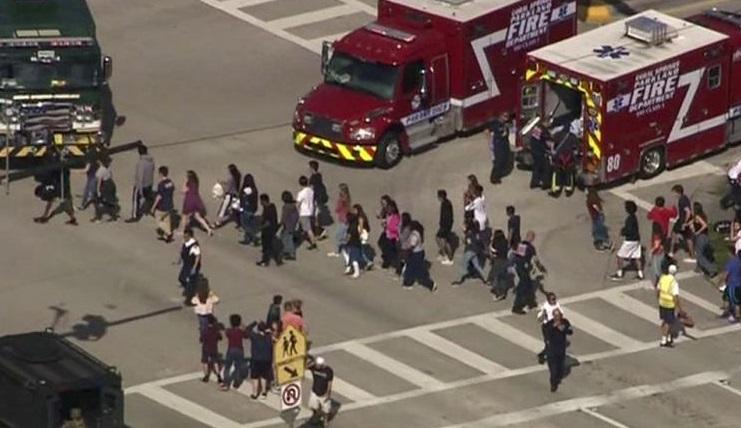 Nổ súng tại trường trung học tiểu bang Florida, ít nhất 17 người thiệt mạng