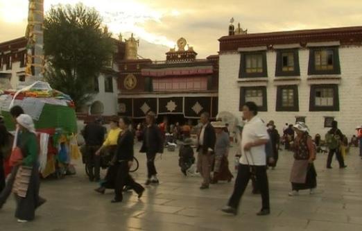 Trung Cộng bác bỏ nghi vấn phóng hỏa có chủ ý trong vụ cháy đền thiêng Tây Tạng