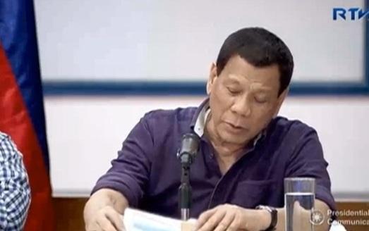 Tổng thống Duterte dọa sẽ cho hải quân nổ súng nếu tài nguyên biển bị lấy trộm