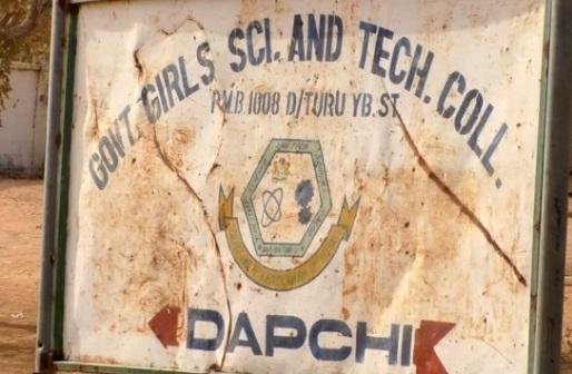 110 nữ sinh Nigeria bị bắt cóc, tình nghi quân du kích Boko Haram