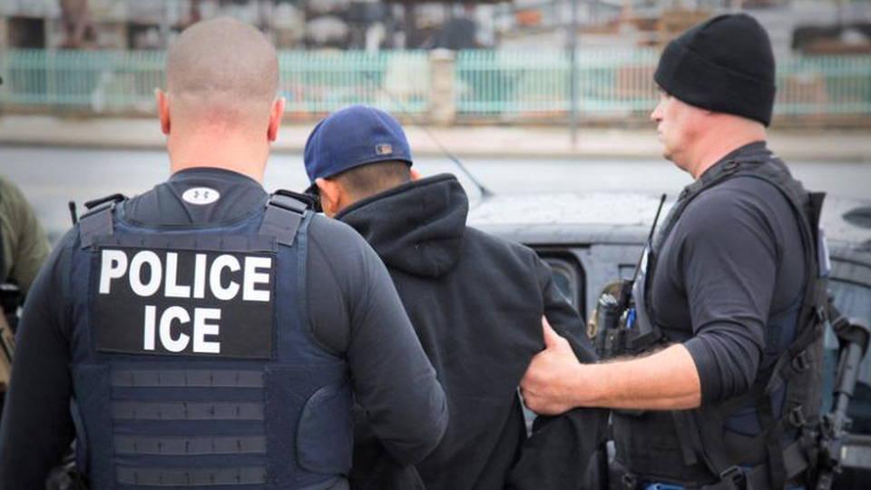 Một nhóm di dân Việt Nam kiện ICE vì bị câu lưu chờ trục xuất