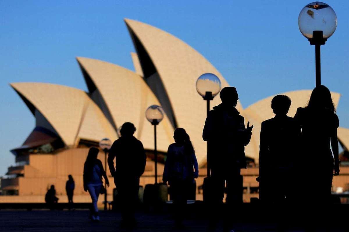 Giới học giả Úc chia rẽ trước việc chính phủ tìm cách giảm bớt ảnh hưởng của Trung Cộng