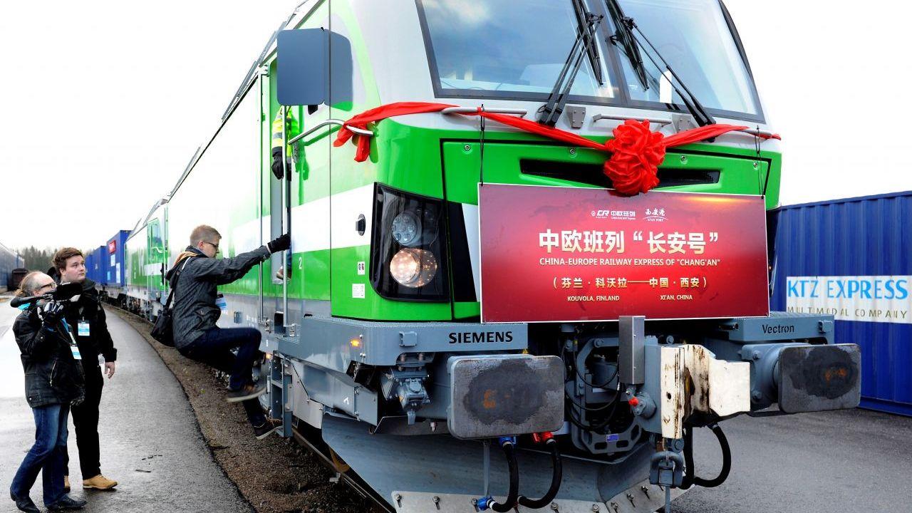 Tuyến xe lửa Trung Cộng – Châu Âu nối dài tới Việt Nam