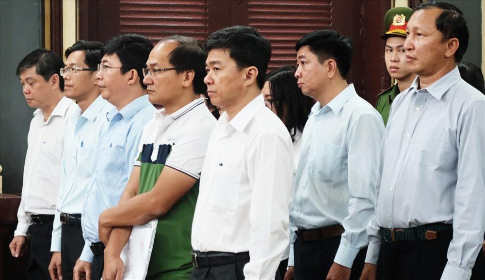 120 năm tù cho 10 quan chức ngân hàng Navibank