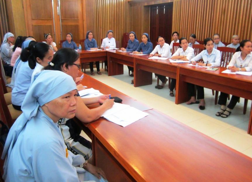 200 nữ tu sĩ Công Giáo Việt Nam được đào tạo đại học Hoa Kỳ