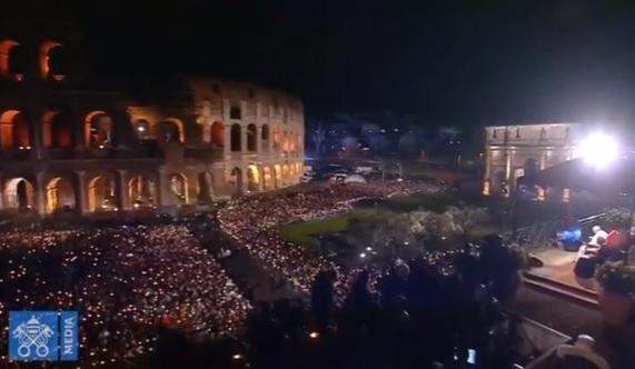 """Đức Giáo Hoàng Francis chủ trì Thánh Lễ """"Good Friday"""" tại Rome"""