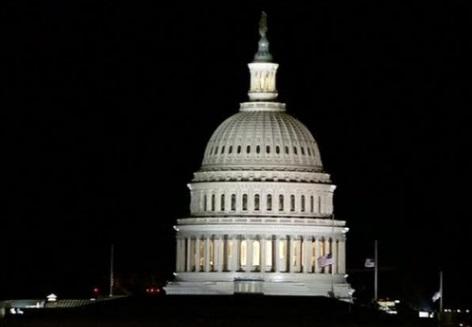 Thượng Viện thông qua dự luật ngân sách 1,300 tỉ USD tránh đóng cửa chính phủ