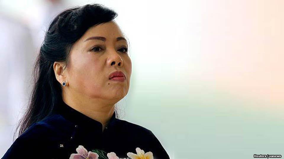 Bộ trưởng y tế CSVN bị loại khỏi danh sách phong giáo sư