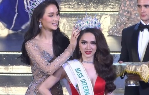 Thí sinh Việt Nam Nguyễn Hương Giang đoạt vương miện tại cuộc thi hoa hậu chuyển giới ở Thái Lan