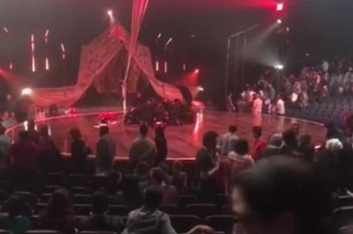 Ngôi sao Cirque Du Soleil tử vong vì ngã xuống đất trong buổi biểu diễn ở Florida