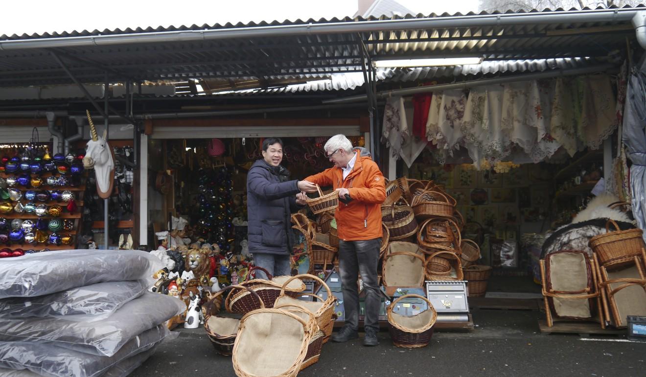 Đức đổ lỗi cho các chợ người Việt ở Czech thu hút du khách đến mua ma túy