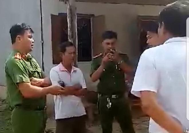 Thiếu tá công an dẫn côn đồ đi đánh dân chỉ bị cảnh cáo