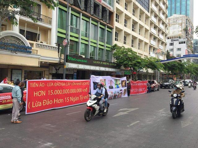 Đầu tư tiền ảo ở Sài Gòn, 32,000 người bị lừa 660 triệu USD