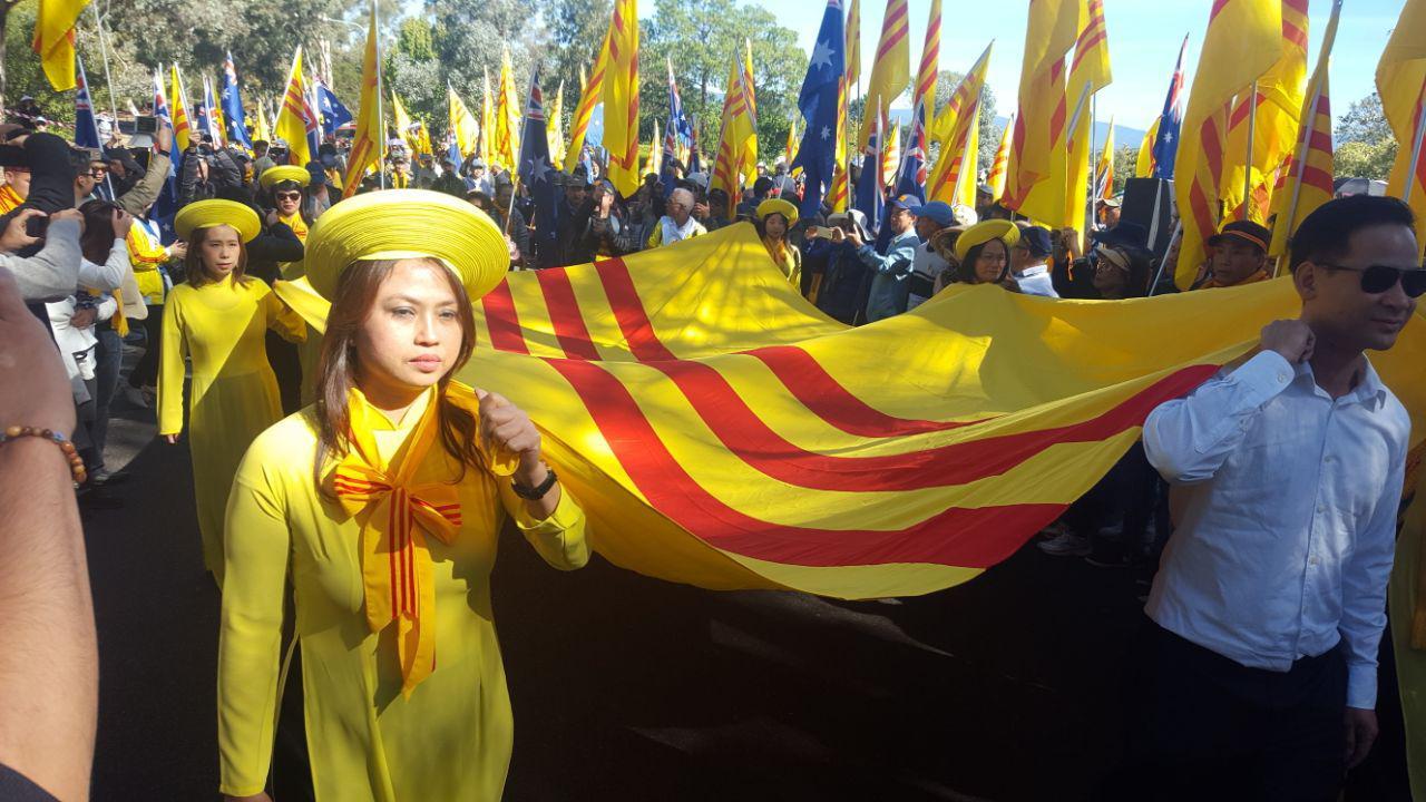Hàng ngàn người Việt ở Úc biểu tình tưởng niệm Quốc Hận 30 tháng Tư