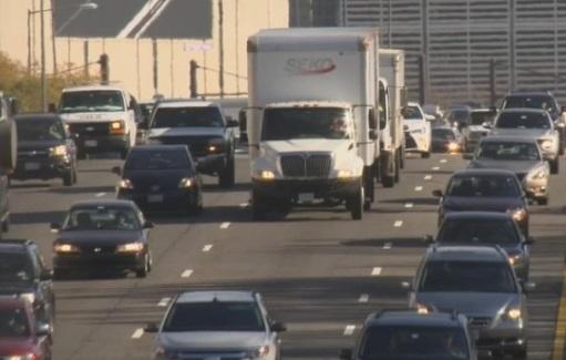 Cơ Quan Bảo Vệ Môi Trường bác bỏ tiêu chuẩn tiết kiệm nhiên liệu cho xe hơi thời Obama