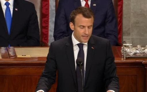 Tổng thống Pháp kêu gọi Hoa Kỳ duy trì vai trò  quốc gia bảo vệ dân chủ