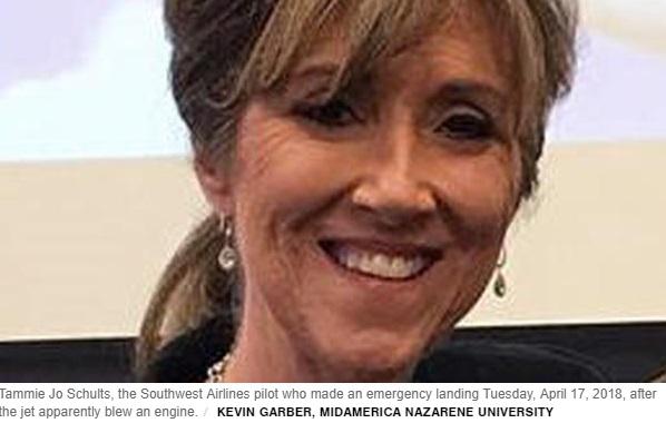 Người lái chiếc máy bay Southwest Airlines bị nổ là nữ phi công lái chiến đấu cơ của Mỹ