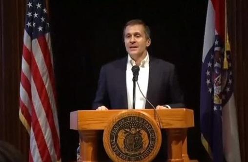 Thống đốc Missouri bị buộc tội xâm nhập vào hệ thống điện toán để gian lận tiền quỹ