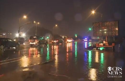 Miền Bắc California mưa to, cảnh báo ngập lụt