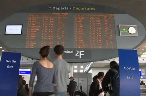 Công nhân Air France đình công làm gián đoạn các chuyến bay đi và đến Paris