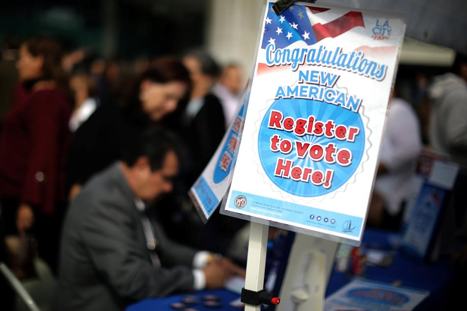 Nhiều ứng cử viên cạnh tranh có thể gây tác dụng ngược cho Đảng Dân Chủ tại California