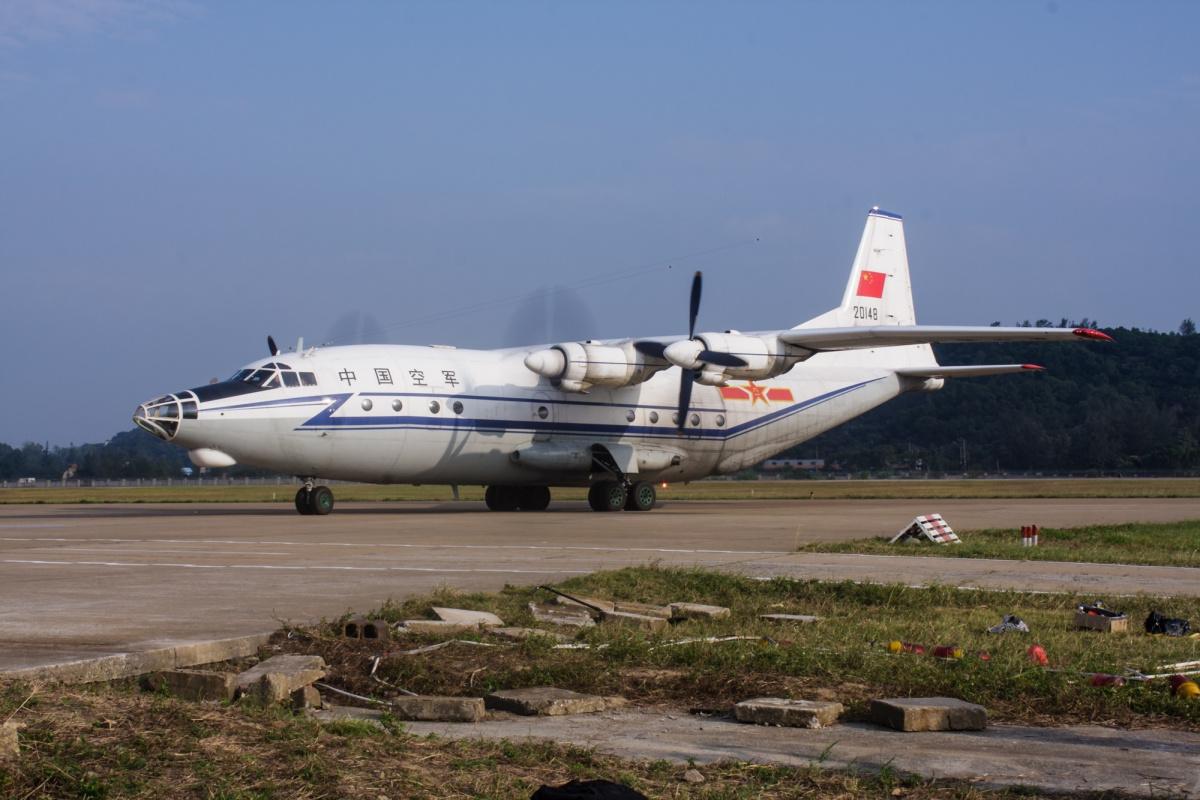 Trung Cộng đưa máy bay quân sự tới đảo nhân tạo ở Trường Sa