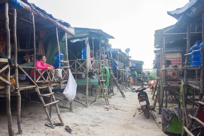 An Giang Thử nghiệm cấp thẻ thường trú cho người Việt trở về từ Cambodia