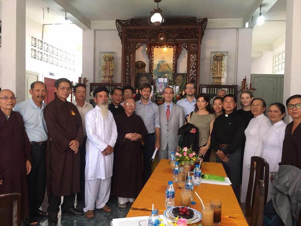 Ngoại giao đoàn Châu Âu thăm Hội Đồng Liên Tôn Việt Nam