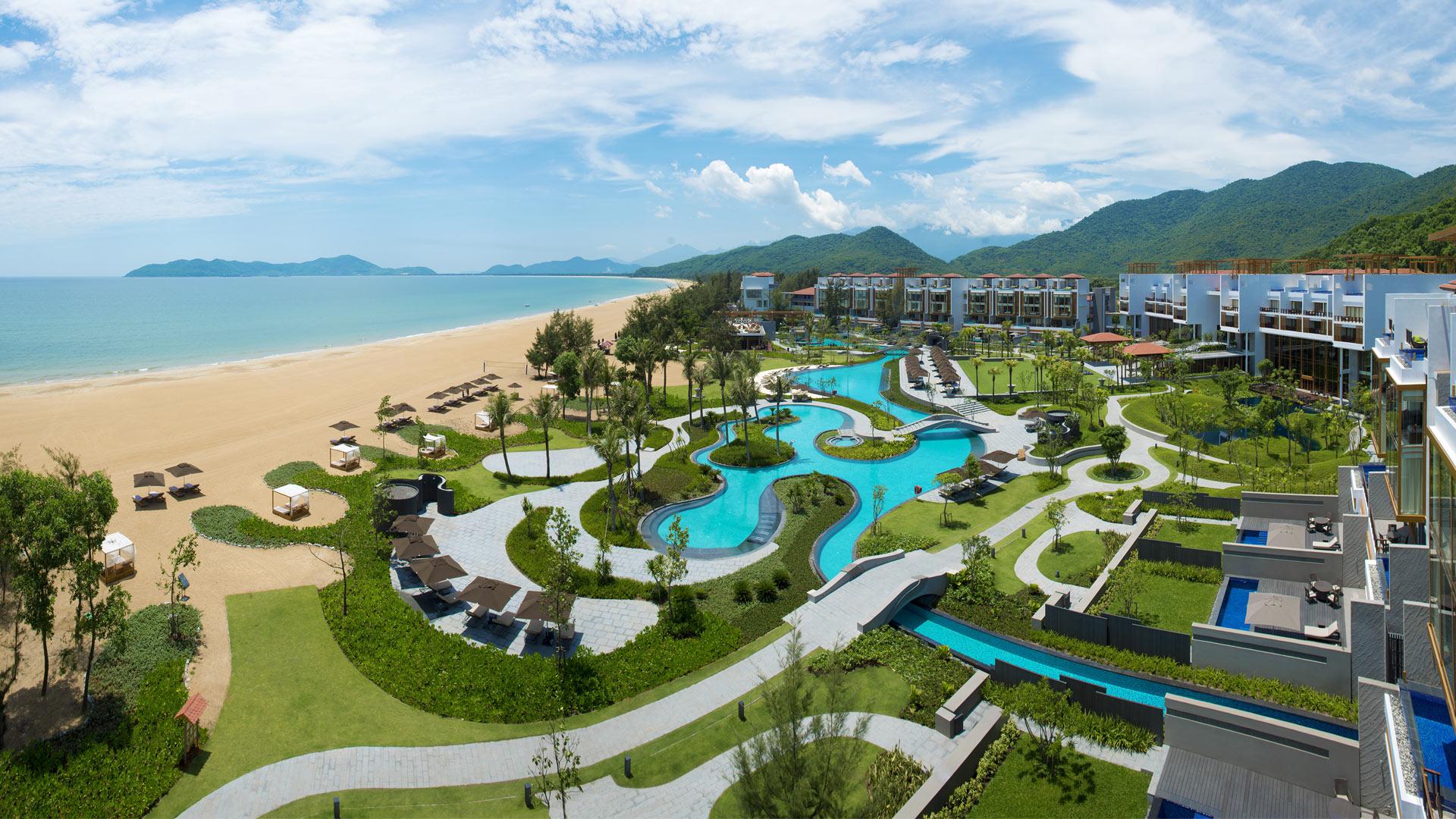 Thủ tướng CSVN sang Singapore cấp phép cho Banyan Tree xây casino ở Huế