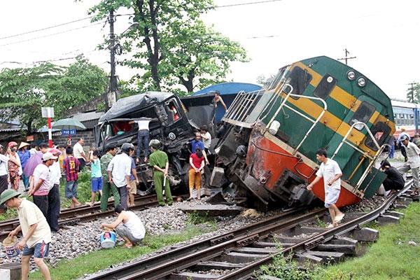 Đường sắt Việt Nam 'ở thời kỳ mông muội' với 4 tai nạn trong 4 ngày