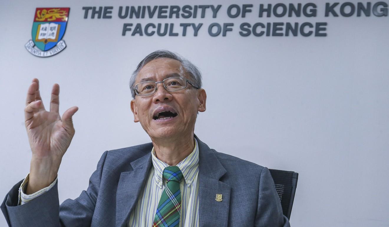 Học giả Hong Kong hứa không bị Bắc Kinh chi phối khi nhận trợ cấp của chính phủ Trung Cộng
