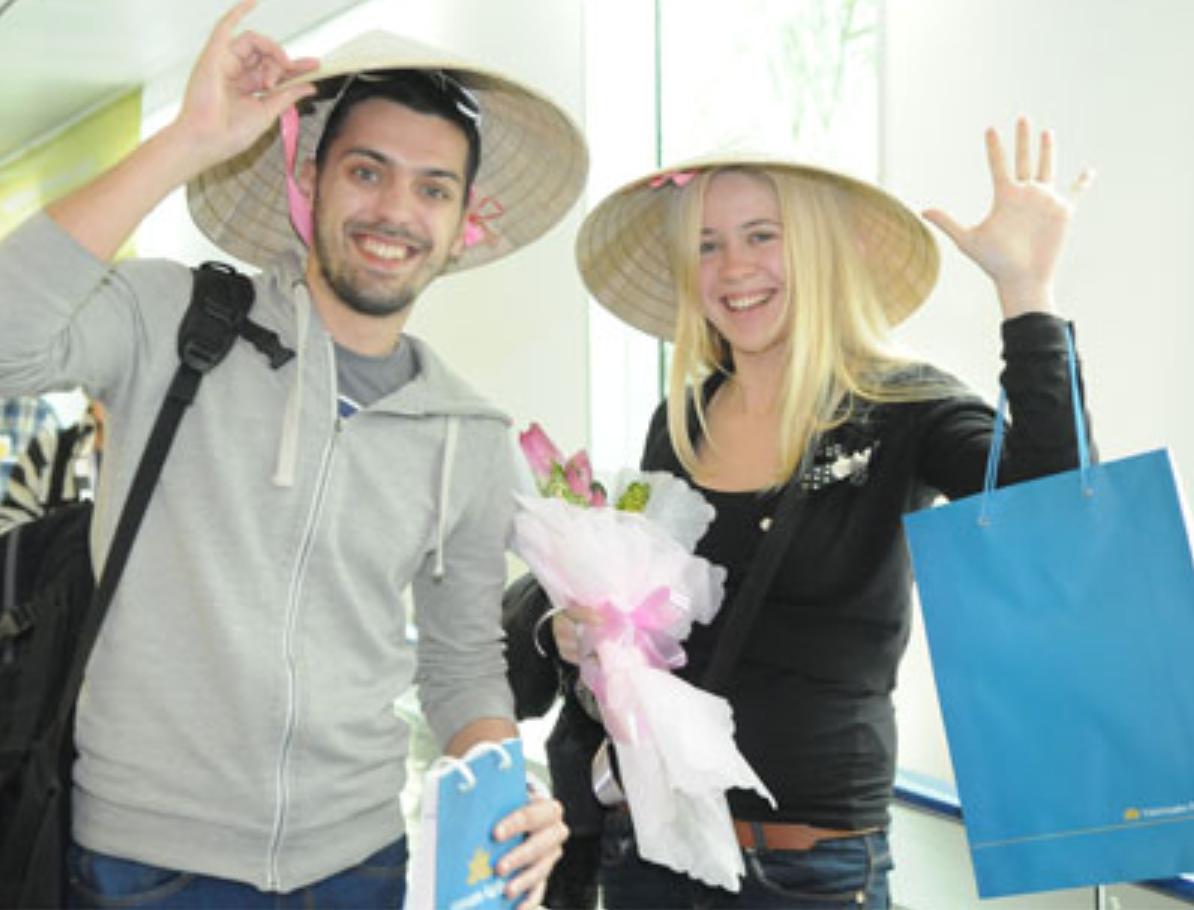 Việt nam gia hạn thêm 3 năm chính sách miễn thị thực cho du khách 5 nước Tây Âu