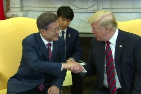 Tổng thống Trump rút lại yêu cầu Bắc Hàn từ bỏ vũ khí hạt nhân hoàn toàn