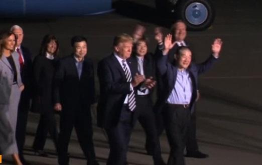 Các gia đình Nam Hàn hy vọng người thân bị bắt cóc của họ cũng sẽ được Bắc Hàn trả tự do